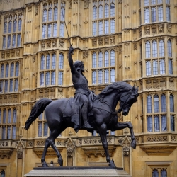 westminster_statue