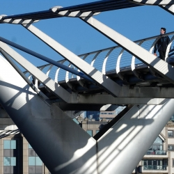 millennium_bridge_10