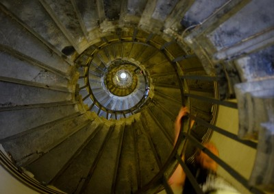 monument-spiral-stairs-1