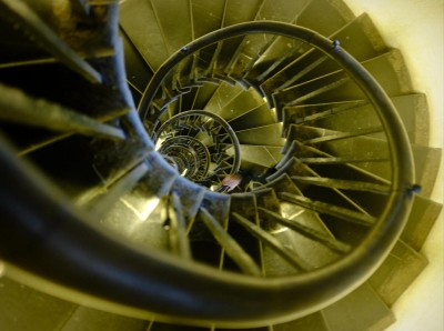monument-spiral-stairs-3