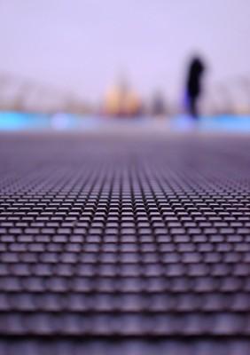 Millennium-Bridge-Close-Up-2