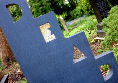 highgate-cemetery-3